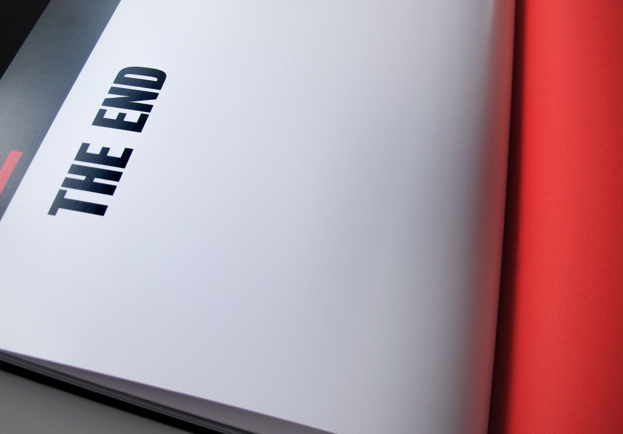 "The Book of Possibilities – Inspiring Design with PLEXIGLAS®: Doppelseite ""The End"""